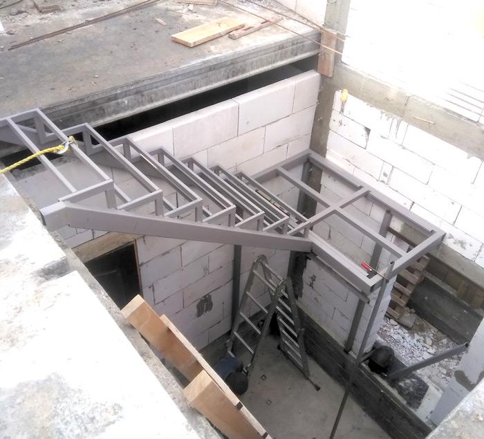 Лестница на второй этаж картинка 132