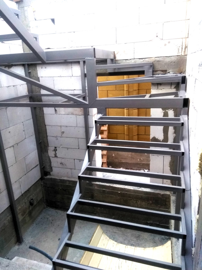 Лестница на второй этаж картинка 124
