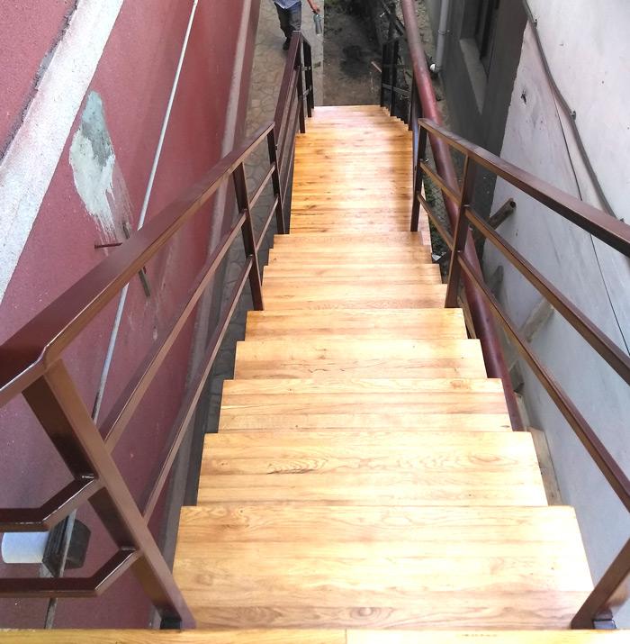 Фото наружные-лестницы-под-заказ-12