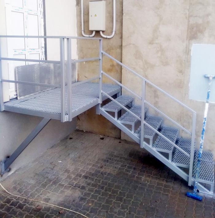 Фото наружные-лестницы-под-заказ-13