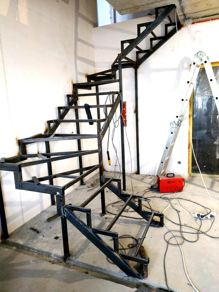 Металлическая лестница Балковская картинка 4