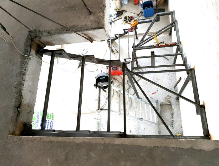 Металлическая лестница Балковская картинка 5