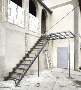 Уличная-лестница-на-заказ-фото 15