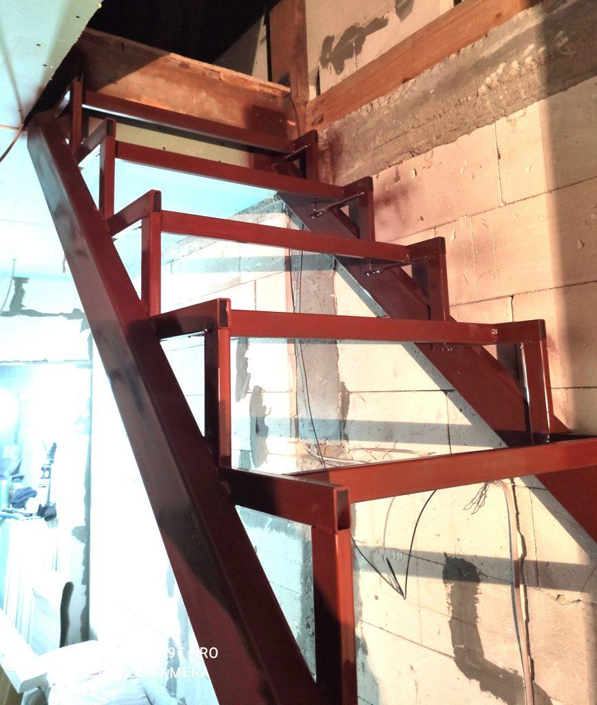 Лестница на металлокаркасе Сварков фото 3
